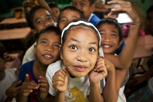 filipino_elementary_school_students_by_mattdestroyer-d4xt1ls