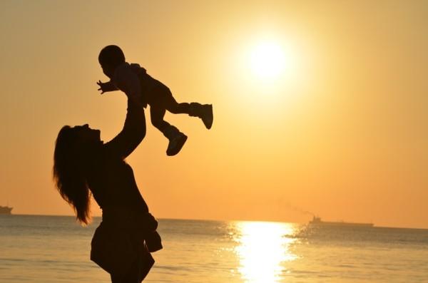 親との関係に悩むあなたへ。親は、いつもあなたを愛してる。「愛の形」が違うだけ。
