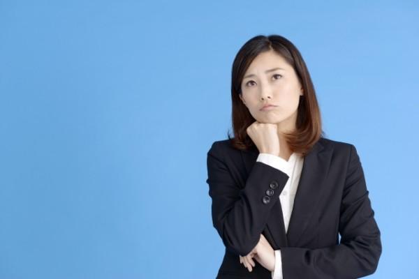職場の人間関係のイライラが和らぐ、3つの質問